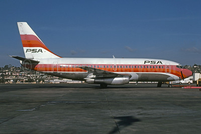 PSA (Pacific Southwest Airlines) Boeing 737-214 N379PS (msn 19682) SAN (Richard Black - Bruce Drum Collection). Image: 100975.