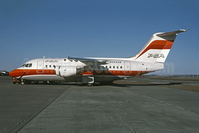 PSA (Pacific Southwest Airlines) BAe 146-100 N5828B (msn E1002) YUL (Pierre Langlois). Image: 945188.