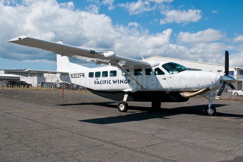 Pacific Wings Airlines Cessna 208B Grand Caravan N302PW (msn 0984) HNL (Ivan K. Nishimura). Image: 912076.