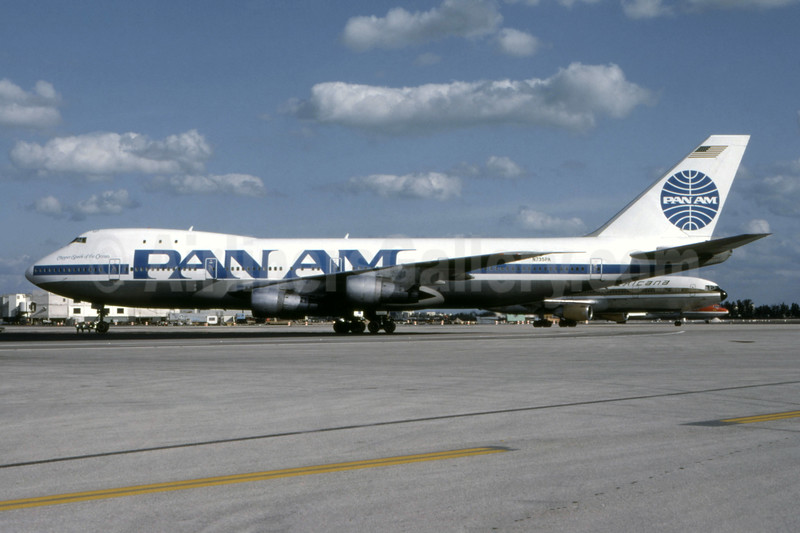 """Ex EA lease, """"Clipper Spark of the Ocean"""", in 1985 experimental livery"""