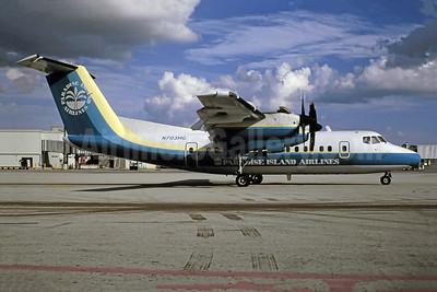 Merv Griffin's Paradise Island Airlines de Havilland Canada DHC-7-102 Dash 7 N703MG (msn 103) MIA (Bruce Drum). Image: 105599.