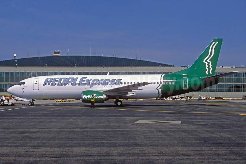 Peoplexpress (2nd) (Vision Airlines) Boeing 737-405 N745VA (msn 24271) EWR (Christian Volpati Collection). Image: 932018.