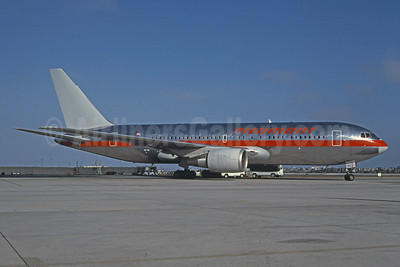 Piedmont Airlines Boeing 767-201 ER N647US (msn 23899) (USAir colors) LAX (Brian G. Gore - Bruce Drum Collection). Image: 100950.