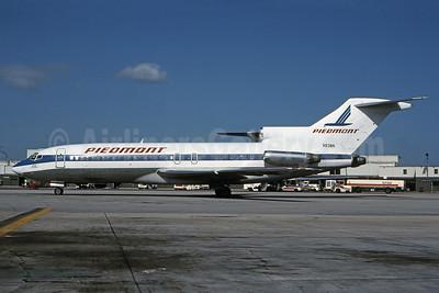 Piedmont Airlines (1st) Boeing 727-51 N838N (msn 18803) MIA (Bruce Drum). Image: 100951.