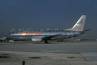 Piedmont Airlines (1st) Boeing 737-301 N355P (msn 23743) MIA (Bruce Drum). Image: 100955.