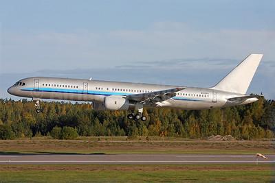 Primaris Airlines Boeing 757-21B N742PA (msn 24402) (Constellation colors) ARN (Stefan Sjogren). Image: 939347.