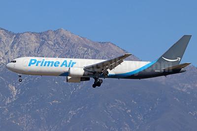 Prime Air (ATI) Boeing 767-323 ER (F) N359AZ (msn 24036) ONT (Michael B. Ing). Image: 941114.