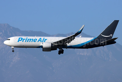 Prime Air (ATI) Boeing 767-319 ER (F) WL N419AZ (msn 26913) ONT (Michael B. Ing). Image: 950258.