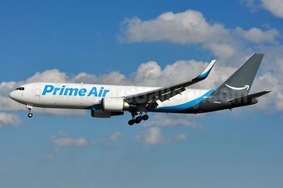 Prime Air (Atlas Air) Boeing 767-316 ER (F) WL N1381A (msn 27615) BWI (Tony Storck). Image: 939778.