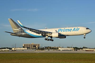 Prime Air (Atlas Air) Boeing 767-31K ER (F) WL N1487A (msn 28865) MIA (Bruce Drum). Image: 105234.