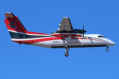 Ravn Alaska (Corvus Airlines) de Havilland Canada DHC-8-106 Dash 8 N884EA (msn 387) ANC (Michael B. Ing). Image: 938183.