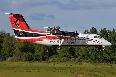Ravn Alaska (Corvus Airlines) de Havilland Canada DHC-8-106 Dash 8 N891EA (msn 335) ANC (Ken Petersen). Image: 928177.