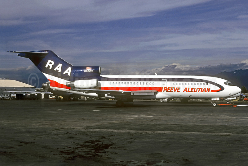 Reeve Aleutian Airways-RAA Boeing 727-22C N832RV (msn 19098) ANC (Christian Volpati Collection). Image: 931343.