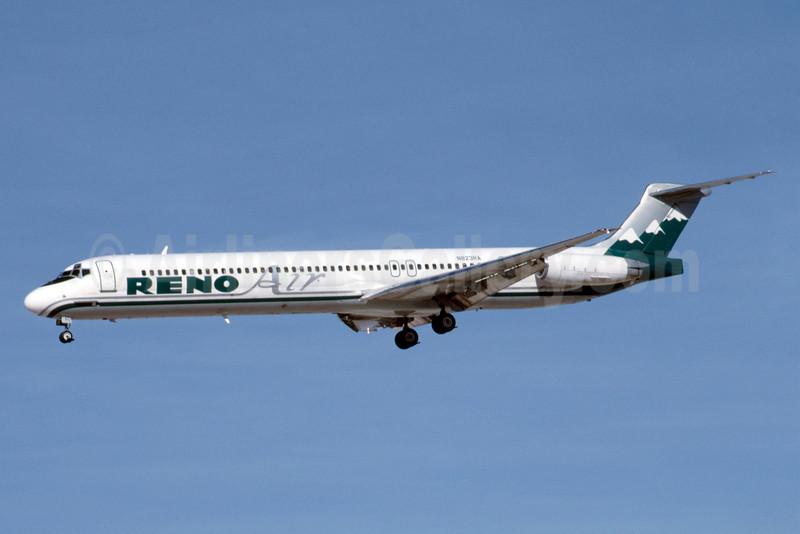 Reno Air McDonnell Douglas DC-9-82 (MD-82) N823RA (msn 49889) LAS (Bruce Drum). Image: 103321.