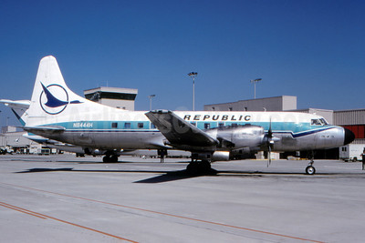 Republic Airlines (1st) Convair 580 N8444H (msn 327A) (North Central colors) ATL (Norbert G. Raith). Image: 938926.