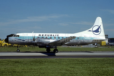 Republic Airlines (1st) Convair 580 N90855 (msn 50) (North Central colors) ORD (Christian Volpati Collection). Image: 949015.