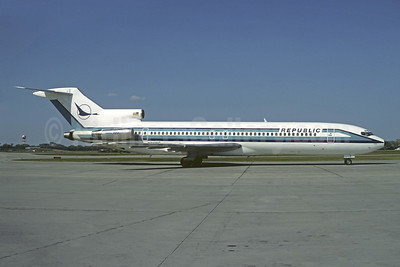 Republic Airlines (1st) Boeing 727-2S7 N712RC (msn 22020) MSP (Christian Volpati Collection). Image: 907193.