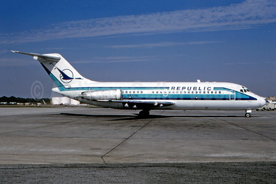 Republic Airlines (1st) McDonnell Douglas DC-9-14 N3306L (msn 45701) ATL (Donnie Head - Fernandez Imaging Collection). Image: 948119.