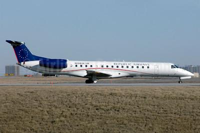 Republic Airways Embraer ERJ 145LR (EMB-145LR) N288SK (msn 145461) YYZ (TMK Photography). Image: 926622.
