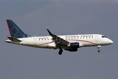 Republic Airways Embraer ERJ 170-100SU N806MD (msn 17000019) DCA (Brian McDonough). Image: 901686.