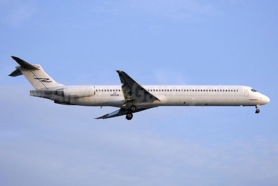 Ryan International Airlines McDonnell Douglas DC-9-83 (MD-83) N974AS (msn 53450) YYZ (TMK Photography). Image: 910629.