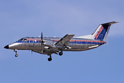 SkyWest Airlines (USA) Embraer EMB-120ER Brasilia N217SW (msn 120286) LAS (Michael B. Ing). Image: 920705.