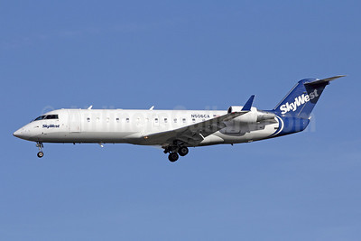 SkyWest Airlines (USA) Bombardier CRJ200 (CL-600-2B19) N506CA (msn 7793) LAX (Michael B. Ing). Image: 908989.
