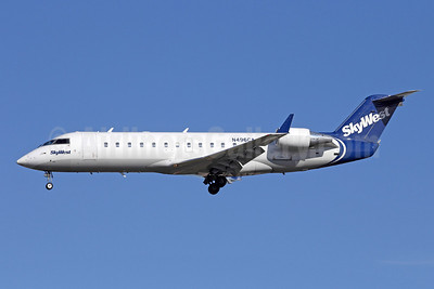 SkyWest Airlines (USA) Bombardier CRJ200 (CL-600-2B19) N496CA (msn 7791) LAX (Michael B. Ing). Image: 908988.