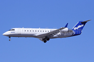 SkyWest Airlines (USA) Bombardier CRJ200 (CL-600-2B19) N465SW (msn 7845) LAX (Michael B. Ing). Image: 921818.