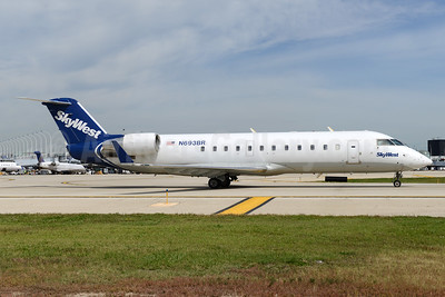 SkyWest Airlines (USA) Bombardier CRJ200 (CL-600-2B19) N693BR (msn 7761) ORD (Ton Jochems). Image: 933280.