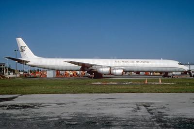 Southern Air Transport (1st) McDonnell Douglas DC-8-71 (F) N871SJ (msn 45977) MIA (Bruce Drum). Image: 103154.