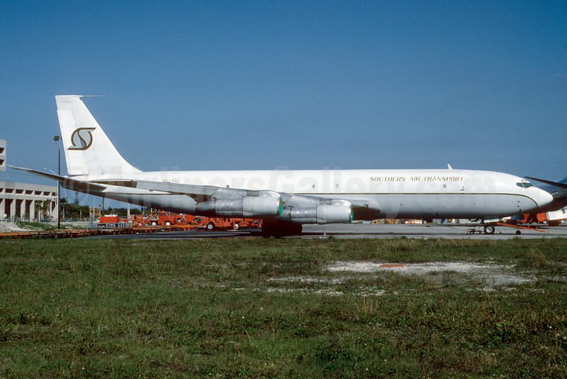 Southern Air Transport (1st) Boeing 707-369C N523SJ (msn 20546) MIA (Bruce Drum). Image: 103153.