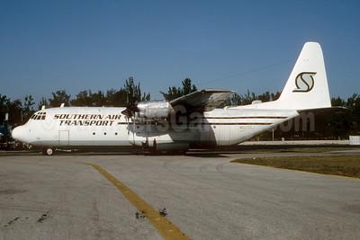 Southern Air Transport (1st) Lockheed 382E (L-100-20) Hercules N522SJ (msn 4362) MIA (Bruce Drum). Image: 103151.