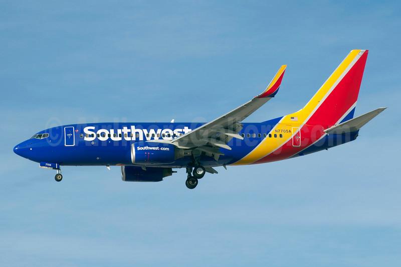 Southwest Airlines Boeing 737-76N WL N7705A (msn 32744) LAS (Bruce Drum). Image: 103814.