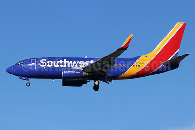 Southwest Airlines Boeing 737-73V WL N7838A (msn 30235) SNA (Michael B. Ing). Image: 948441.