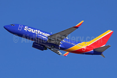 Southwest Airlines Boeing 737-73V WL N7839A (msn 30243) LAX (Michael B. Ing). Image: 935927.