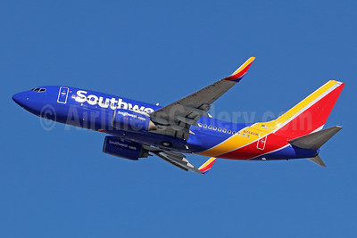 Southwest Airlines Boeing 737-7H4 WL N784SW (msn 29810) LAX (Michael B. Ing). Image: 936585.