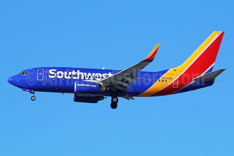 Southwest Airlines Boeing 737-7H4 WL N924WN (msn 36628) LAX (Michael B. Ing). Image: 930582.