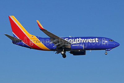 Southwest Airlines Boeing 737-7H4 WL N403WN (msn 29815) SNA (Michael B. Ing). Image: 939563.
