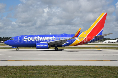 Southwest Airlines Boeing 737-79P SSWL N7860A (msn 29362) FLL (Bruce Drum). Image: 104612.