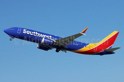Southwest Airlines Boeing 737-8 MAX 8 N8740A (msn 61860) BUR (Michael B. Ing). Image: 955032.