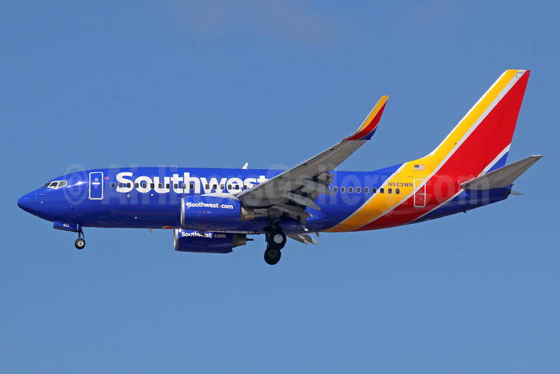 Southwest Airlines Boeing 737-7H4 WL N923WN (msn 36627) LAX (Michael B. Ing). Image: 935082.