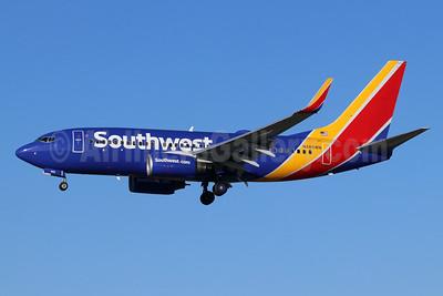 Southwest Airlines Boeing 737-7H4 WL N485WN (msn 32473) LGB (Michael B. Ing). Image: 948235.