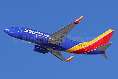 Southwest Airlines Boeing 737-7H4 WL N756SA (msn 27872) LAX (Michael B. Ing). Image: 935936.