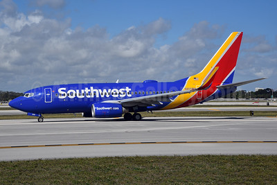 Southwest Airlines Boeing 737-7H4 WL N205WN (msn 34010) FLL (Bruce Drum). Image: 104613.