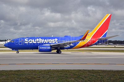 Southwest Airlines Boeing 737-7H4 WL N453WN (msn 29847) FLL (Bruce Drum). Image: 104615.