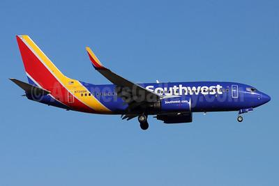 Southwest Airlines Boeing 737-7H4 WL N728SW (msn 27860) SNA (Michael B. Ing). Image: 954359.