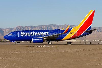 Southwest Airlines Boeing 737-7H4 WL N451WN (msn 32495) LAS (Gunter Mayer). Image: 954357.