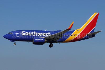 Southwest Airlines Boeing 737-71B WL N7854B (msn 29372) LGB (Michael B. Ing). Image: 948228.