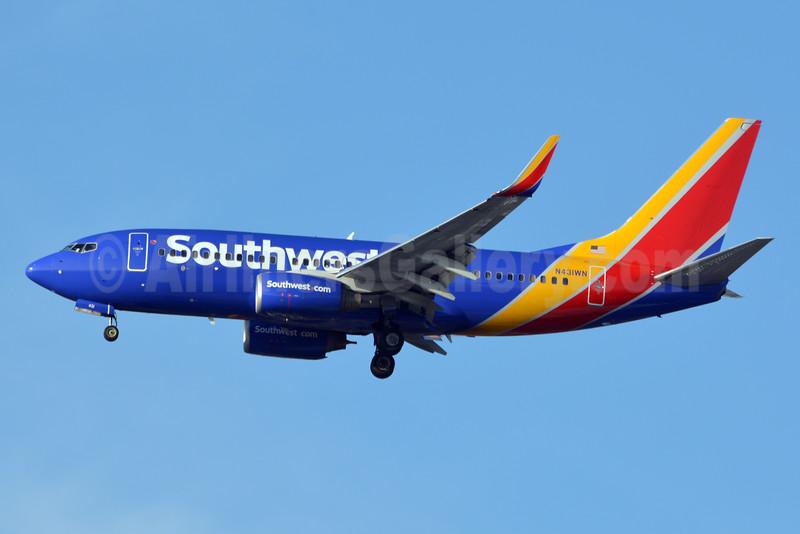 Southwest Airlines Boeing 737-7H4 WL N431WN (msn 29845) LAX (Jay Selman). Image: 402919.